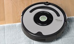 Main View of an iRobot Roomba 560