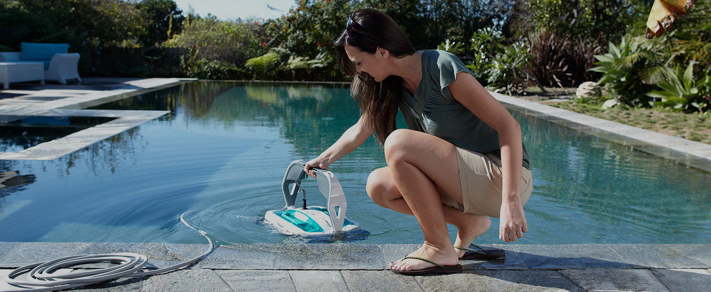 Mirra Pool Cleaning Robot